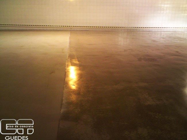 Espelhamento de piso