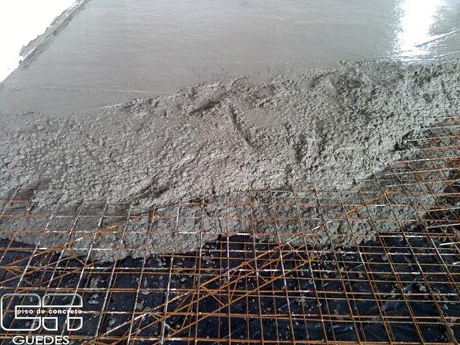 Piso de concreto armado