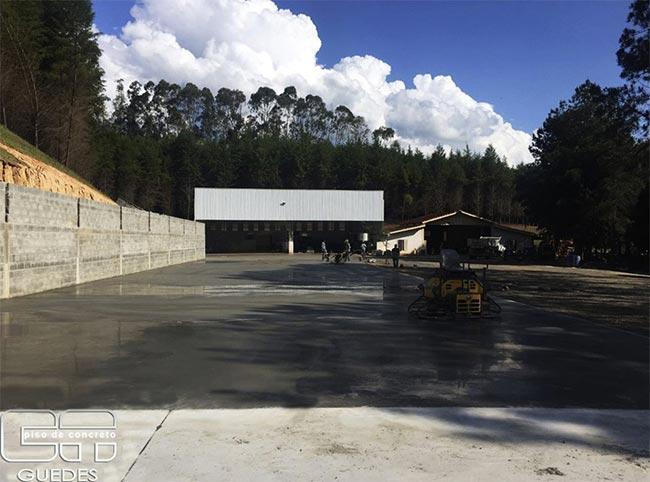 Piso industrial de concreto preço